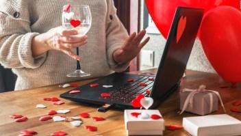 Así recomiendan celebrar el Día de San Valentín los CDC