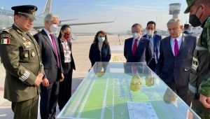 AMLO inaugura la base aérea del Aeropuerto de Santa Lucía