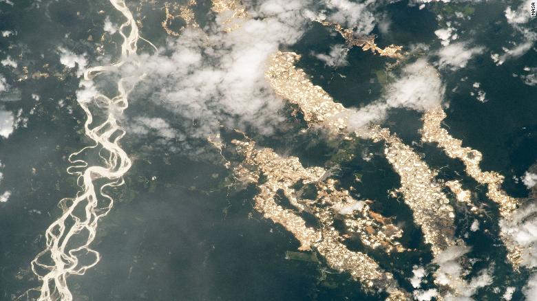 ríos de oro de perú