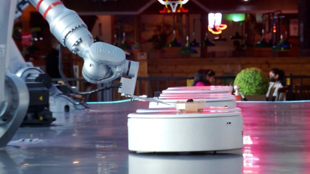 This is the Dubai cafeteria served only by robots