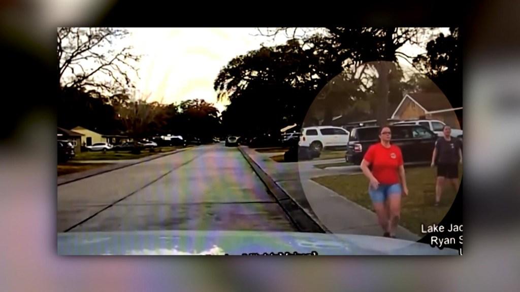 Así reaccionó una madre frente al hombre que habría espiado a su hija