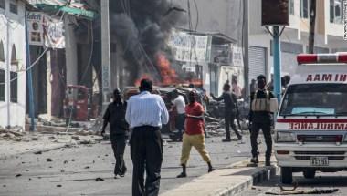 Resultado de imagen para Carro bomba explota cerca del palacio presidencial somalí en Mogadiscio