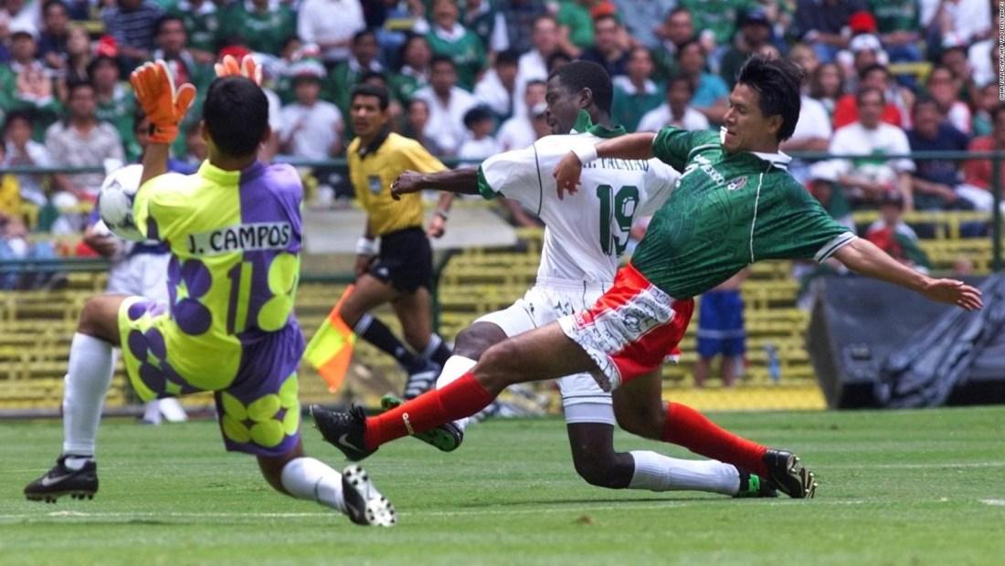 """Claudio Suárez y su histórico hito con el """"Tri"""" mexicano"""