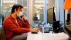 Francia permite a los trabajadores comer en los escritorios