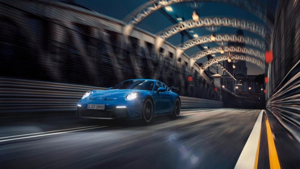 Mira el nuevo 911 GT3 de Porsche en la pista
