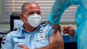 Covid-19: comienza la vacunación en República Dominicana