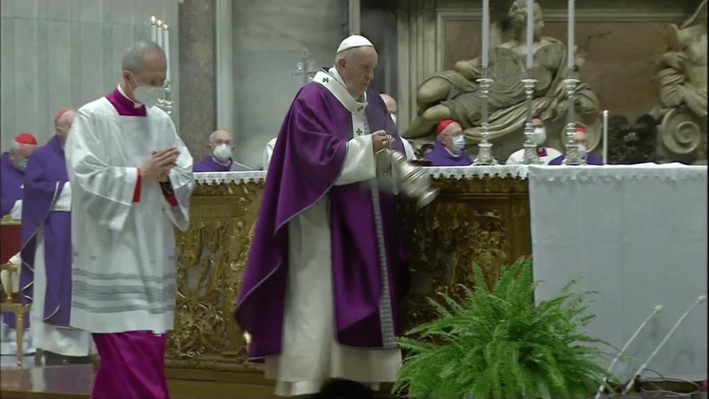 El papa celebra el Miércoles de Ceniza
