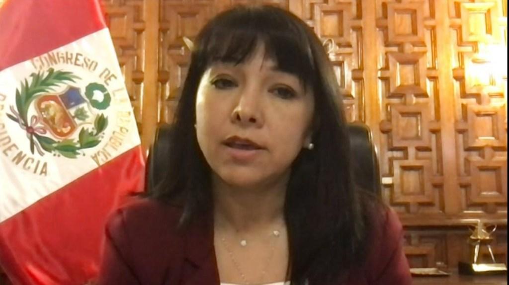 Mirtha Vásquez llama a mantener la estabilidad en Perú