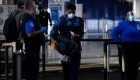 Buscan personal para control en aeropuertos de EE.UU.