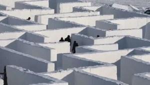 Así es el laberinto de nieve más grande del mundo