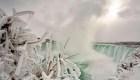 Increíble: así se ven las cataratas del Niágara congeladas