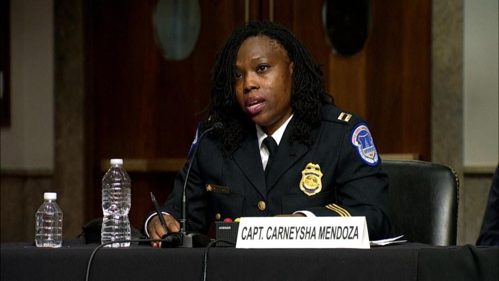 Una policía del Capitolio describe sus esfuerzos contra los disturbios