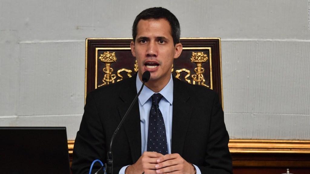 Inhabilitan a Guaidó de la función pública por 15 años