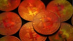 Precio de bitcoin baja gracias a Elon Musk