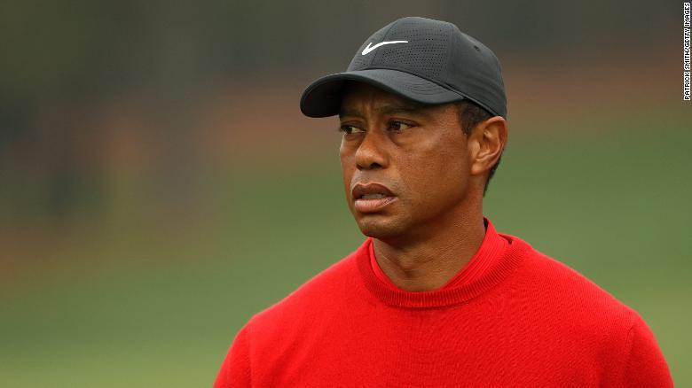 Trasladan a Tiger Woods a otro hospital en Los Ángeles para su recuperación tras accidente automovilístico