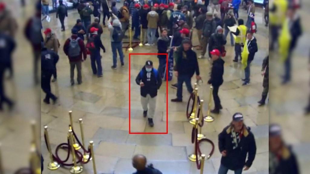 Un texto resulta en cargos a un atacante del Capitolio