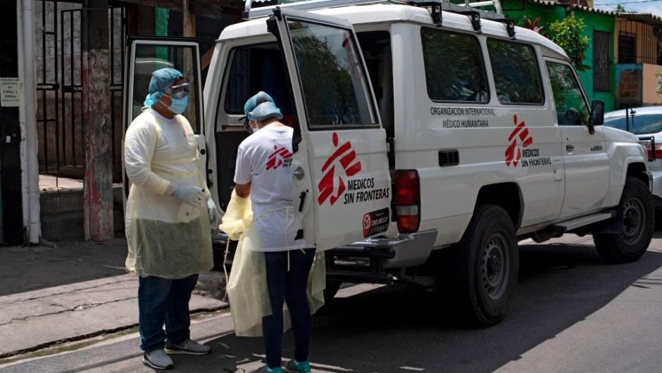 médicos sin fronteras Salvador