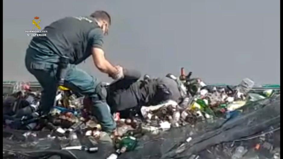 Melilla inmigrantes escombros España