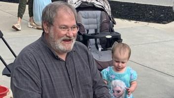 Abuelo condenado por la muerte de su nieta desde la ventana de un crucero en 2019