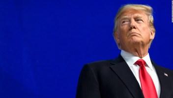 ANÁLISIS | El equipo de defensa de Trump enfrenta una carga pesada, pero la lealtad al expresidente pende del juicio