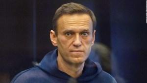 Navalny cárcel El crítico del Kremlin Alexey Navalny ridiculiza en la corte las afirmaciones de que no se comunicó con las autoridades mientras estaba en coma