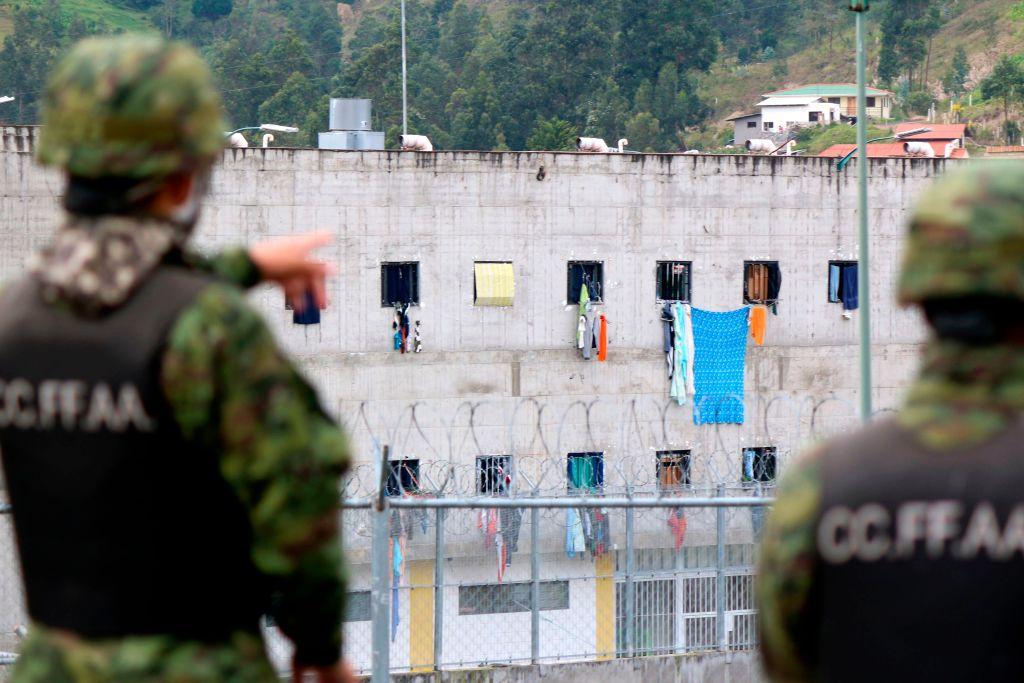 """Lenín Moreno describes violence in prisons as """"barbarism"""""""