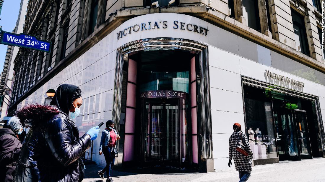 Victoria's Secret cerrará hasta 50 tiendas más este año