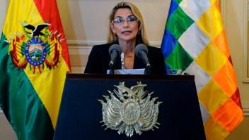 Ordenan arresto de expresidenta interina de Bolivia