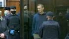 Denuncian poca atención médica a Navalny en prisión