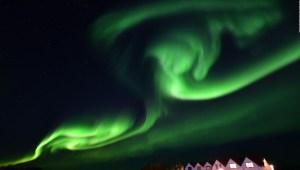 ¿Tienen sonidos las auroras boreales?