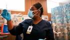 Las vacunas llegan menos a los latinos en California