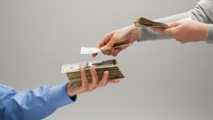¿Qué es el salario emocional? Descubre qué tan rico eres