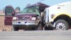 Investigan accidente de camioneta con 25 a bordo en California