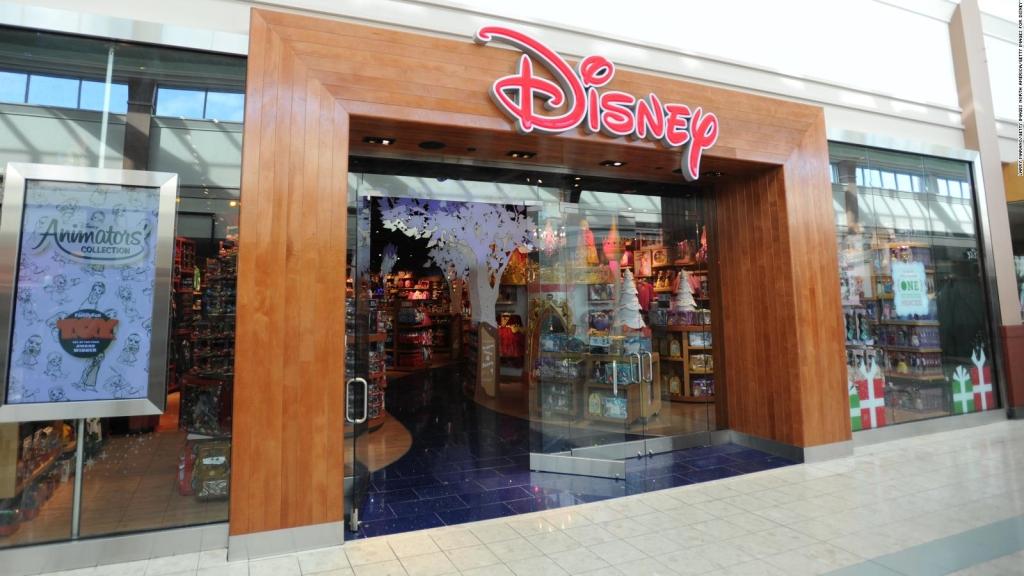 Disney cerrará 60 tiendas en estos países