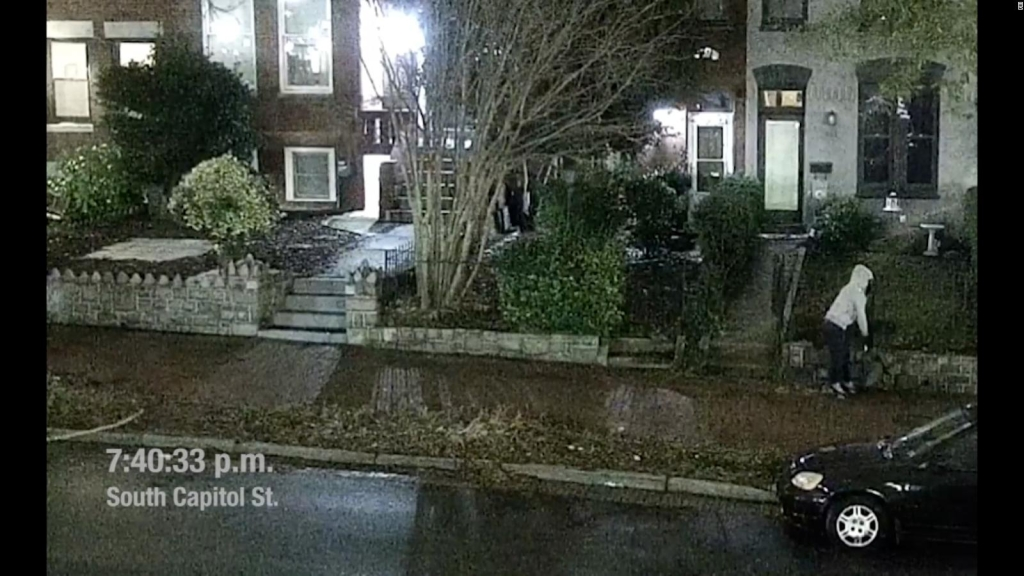 Video del sospechoso de poner explosivos en Washington