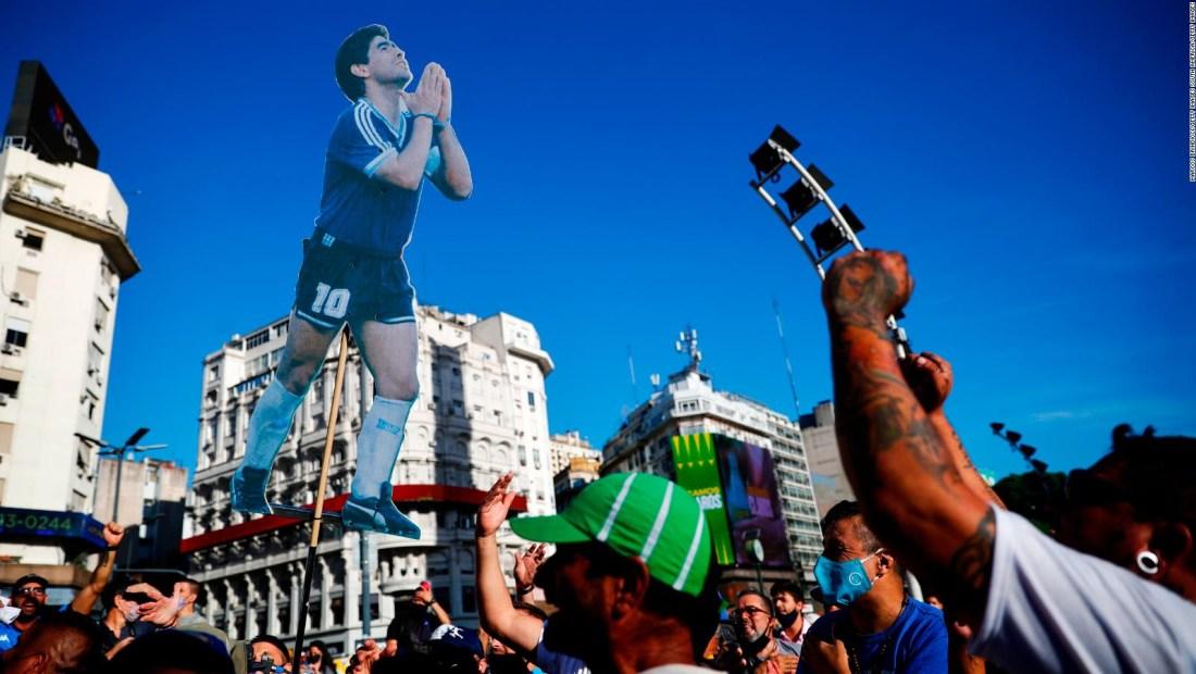 10M, una jornada de protestas por Diego Maradona