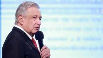AMLO critica a más de 2.500 mexicanas por una carta