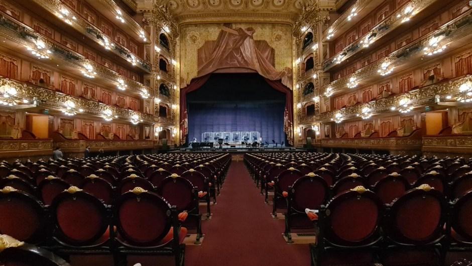 Reabre el teatro Colón con homenaje a Piazzolla