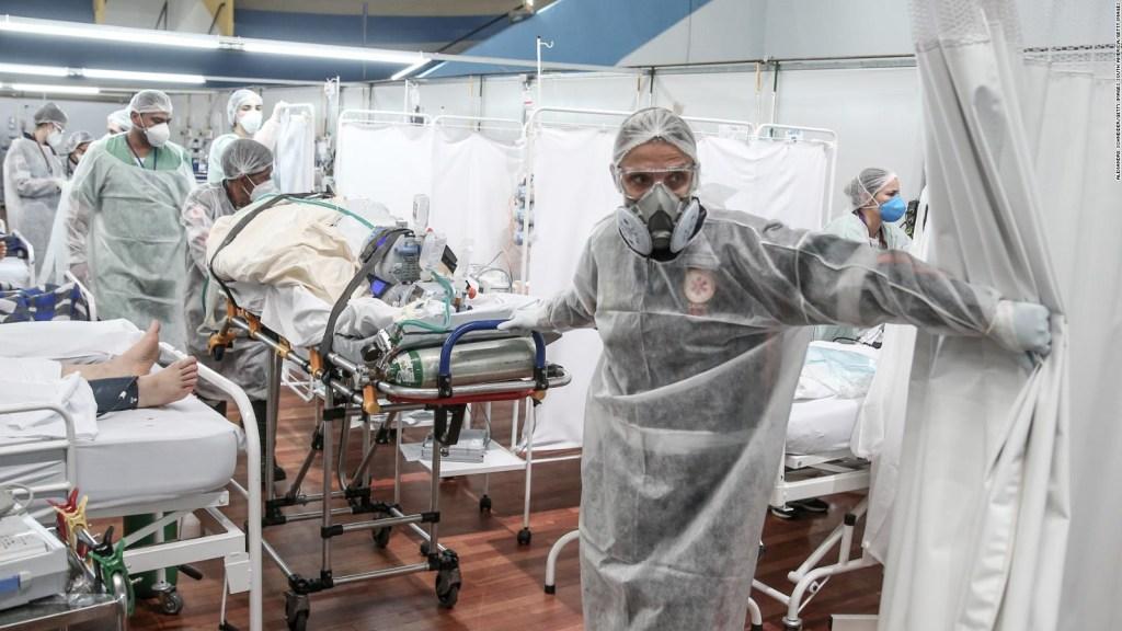 Covid-19: les soins hospitaliers s'effondrent au Brésil