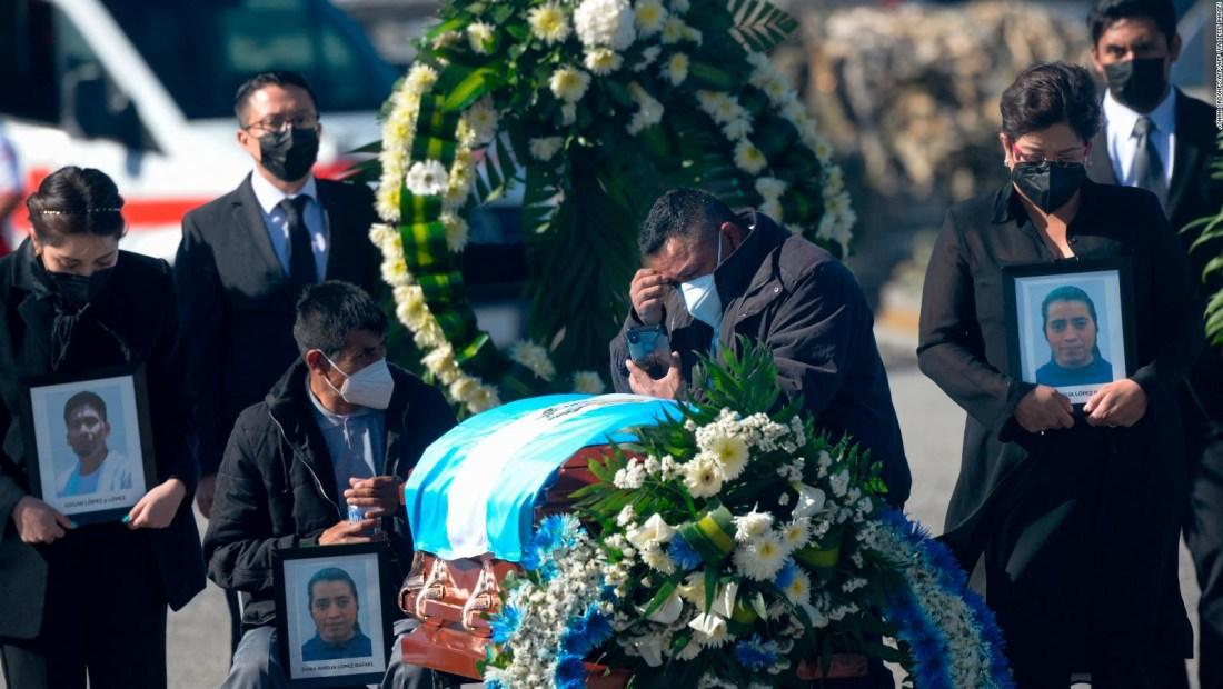 Guatemala recibe restos de víctimas de masacre de Santa Anita