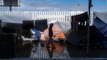 Así es la vida en campamento de migrantes