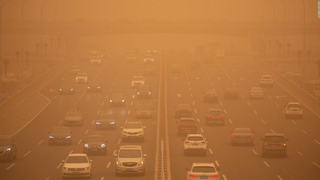 Así luce Beijing tras peor tormenta de arena en 10 años