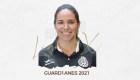Árbitra hace historia en el clásico del fútbol mexicano