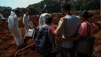 Brasileños mueren esperando una cama UCI