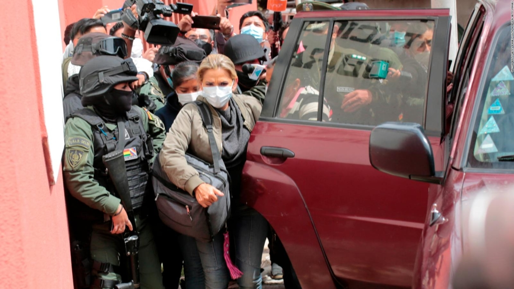 Peticiones en Bolivia para liberar a exfuncionarios