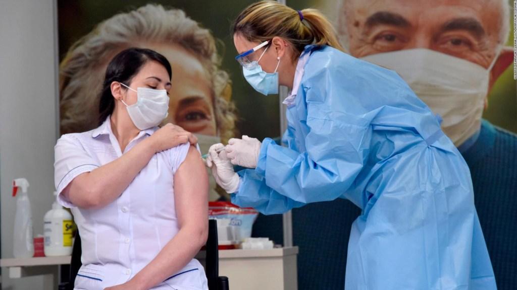 Reconocen falla en prioridades de vacunación en Colombia