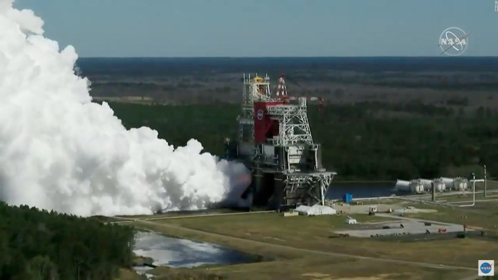 NASA successfully tests a rocket for mission to the Moon