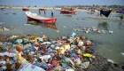 El río Ganges se debate entre la fe y la contaminación