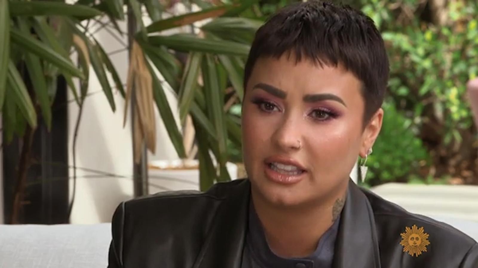 Demi Lovato está viviendo con uno de sus mejores amigos