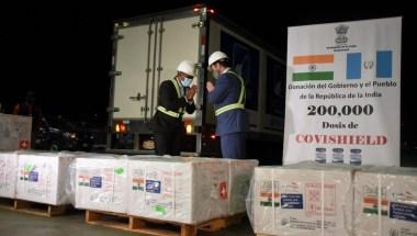 Guatemala recibe donación de vacunas contra covid-19 de la India | CNN